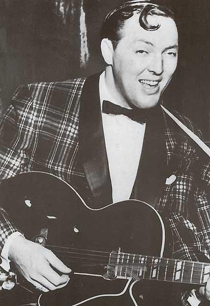 Биллу Хейли принадлежит авторство на тот момент одного из самых популярных рок-н-роллов 1954 года Rock Around The Clock