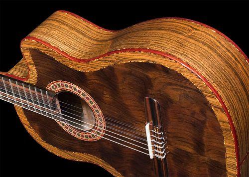Из каких пород дерева изготавливают гитары