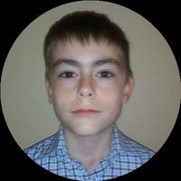 Гитарист Антон Криволапов
