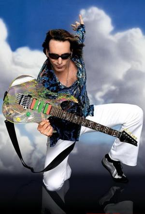 Именная гитара Стива Вая Ibanez JEM из прозрачного пластика