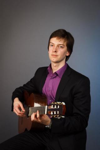 Белорусский гитарист Виталий Дубовик