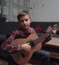 Гитарист Егор Солдатов