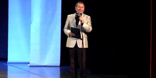 А затем на сцену вышел всеми любимый нами Олег Копенков. Он и собирал овации за всех гитаристов. Заслуженно, как думаете?