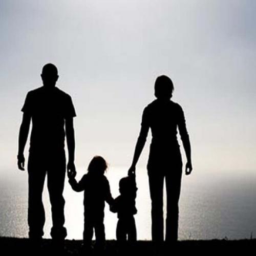 Для создания условий формирования личности ребенка требуется решение некоторых распространенных проблем самих родителей